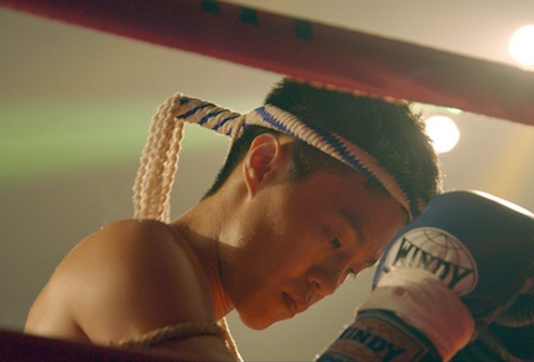 FIGHT - LEAGUE OF LEGENDS X MUAY THAI DOCUMENTARY